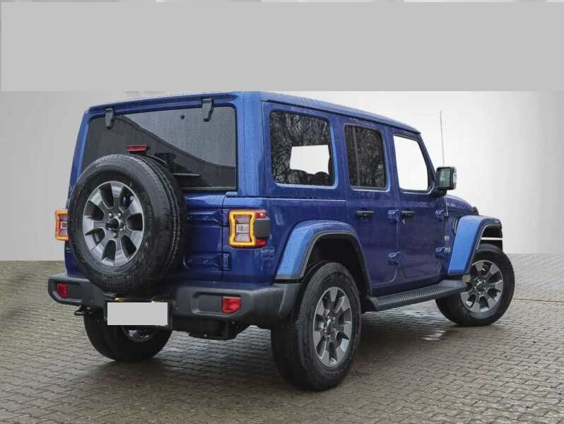 Jeep Wrangler Unlimited Sahara Sky One-Touch